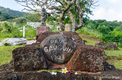 Tombe de Paul Gauguin à Atuona sur l'île d'Hiva Oa