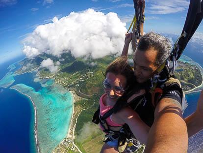 Parachutisme à Moorea: atterrissage