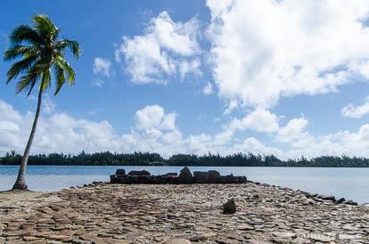 Marae de Maeva à Huahine