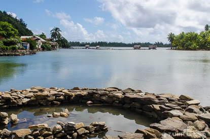 Pièges à poissons à Huahine