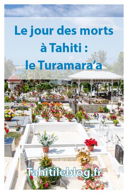 En Polynésie, le soir de la Toussaint, est célébré le jour des morts. Les familles se retrouvent et prient autour des tombes illuminées des ancêtres.