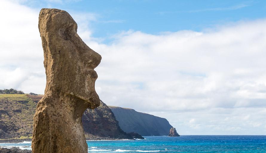Histoire de l'île de Pâques. Le mystère des moai. La déforestation et la disparition des Rapa Nui