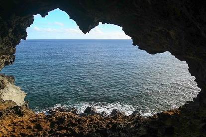 île de Pâques : Ana Kakenga